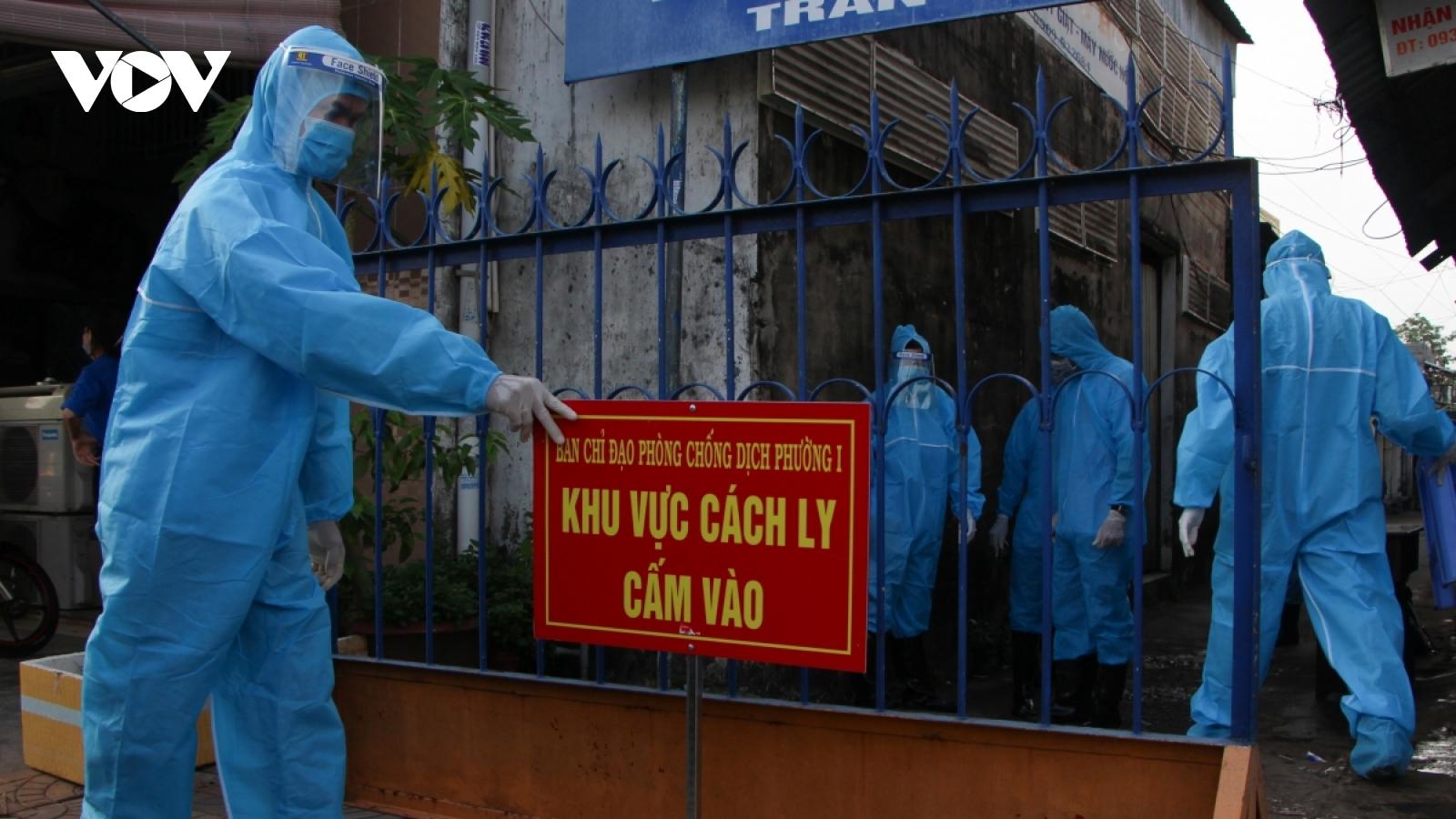 Sáng 15/6, có thêm 70 ca mắc COVID-19 trong nước, chủ yếu ở Bắc Giang, TP.HCM