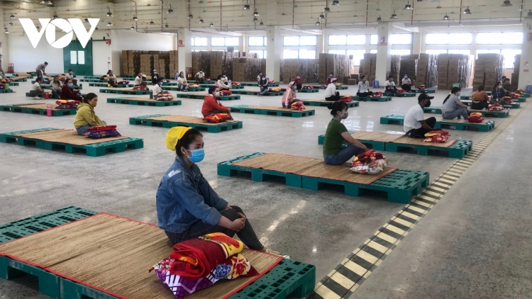 Industrial zone in Hau Giang launches COVID-19 fight rehearsal