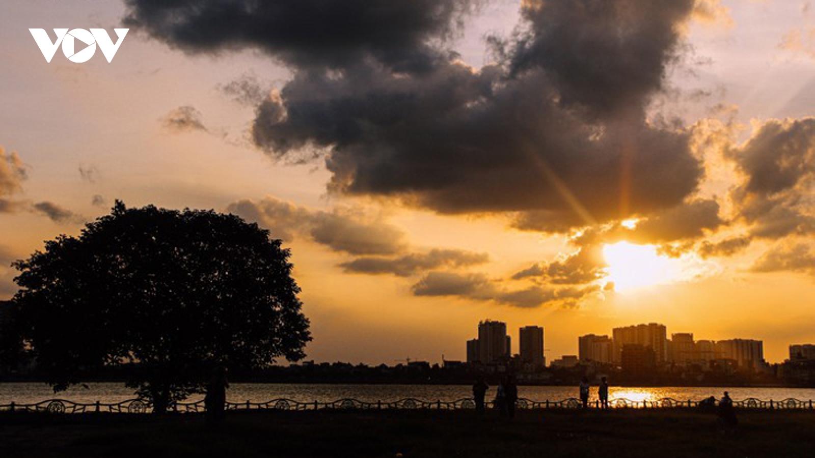 Beautiful sunset on Hanoi's West Lake