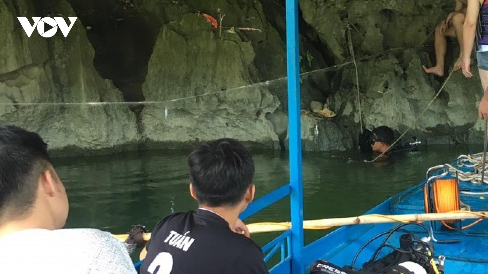 Tìm thấy thi thể thanh niên mất tích khi lặn bắt cá trên hồ Ba Bể