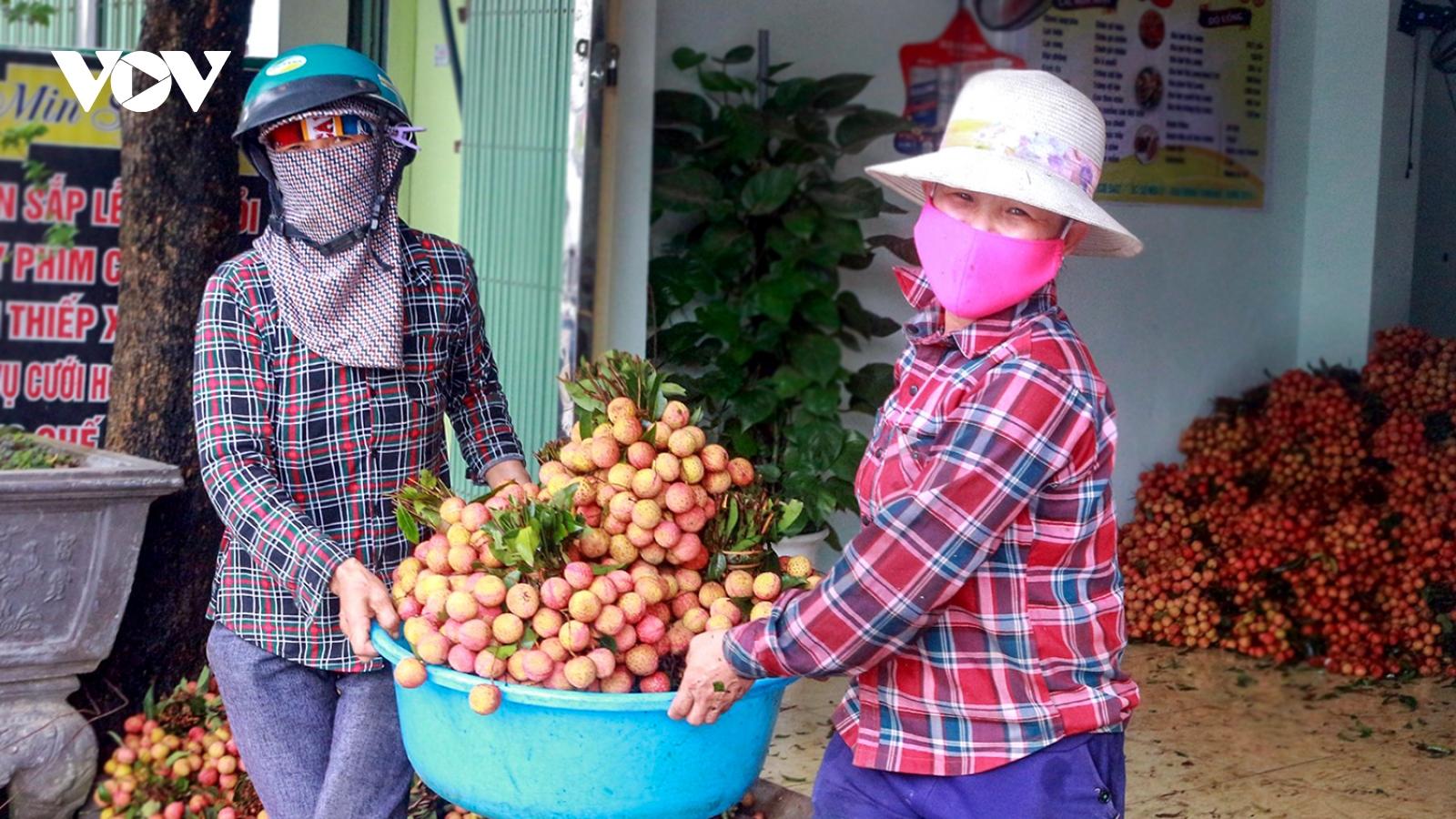 Nhiều giải pháp hỗ trợ tiêu thụ nông sản địa phương
