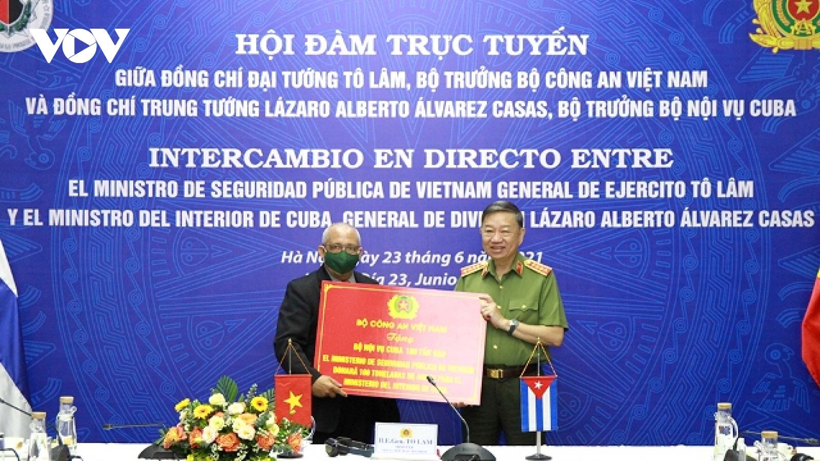 Thúc đẩyquan hệ hợp tác giữa Bộ Công an Việt Nam và Bộ Nội vụ Cuba