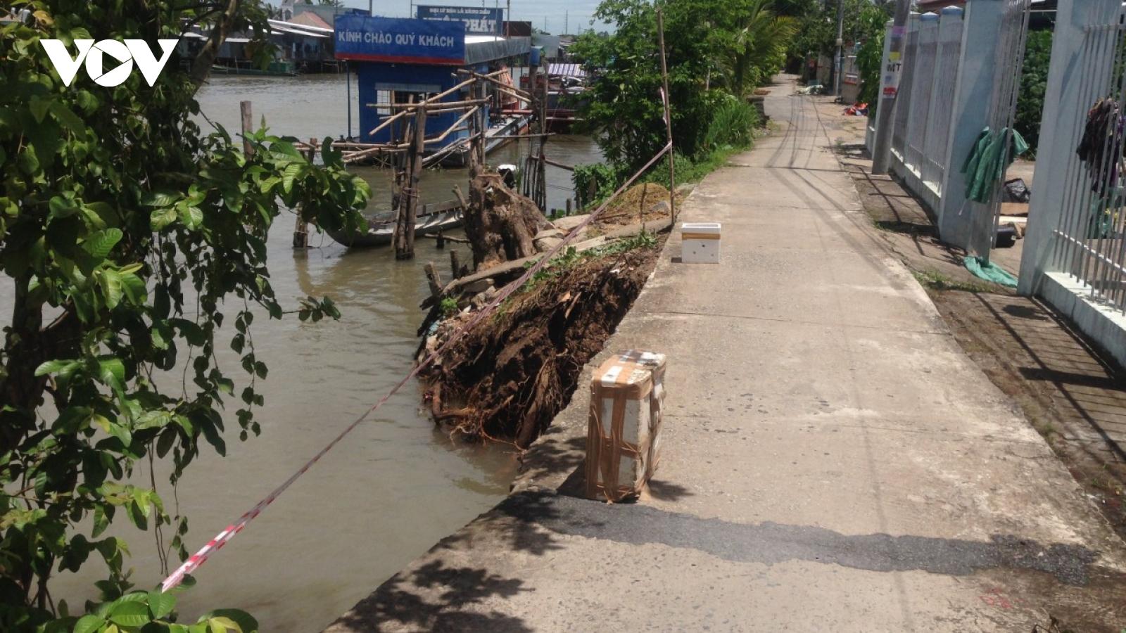 Sạt lở nghiêm trọng tại bờ bắc sông Cái Sắn, An Giang