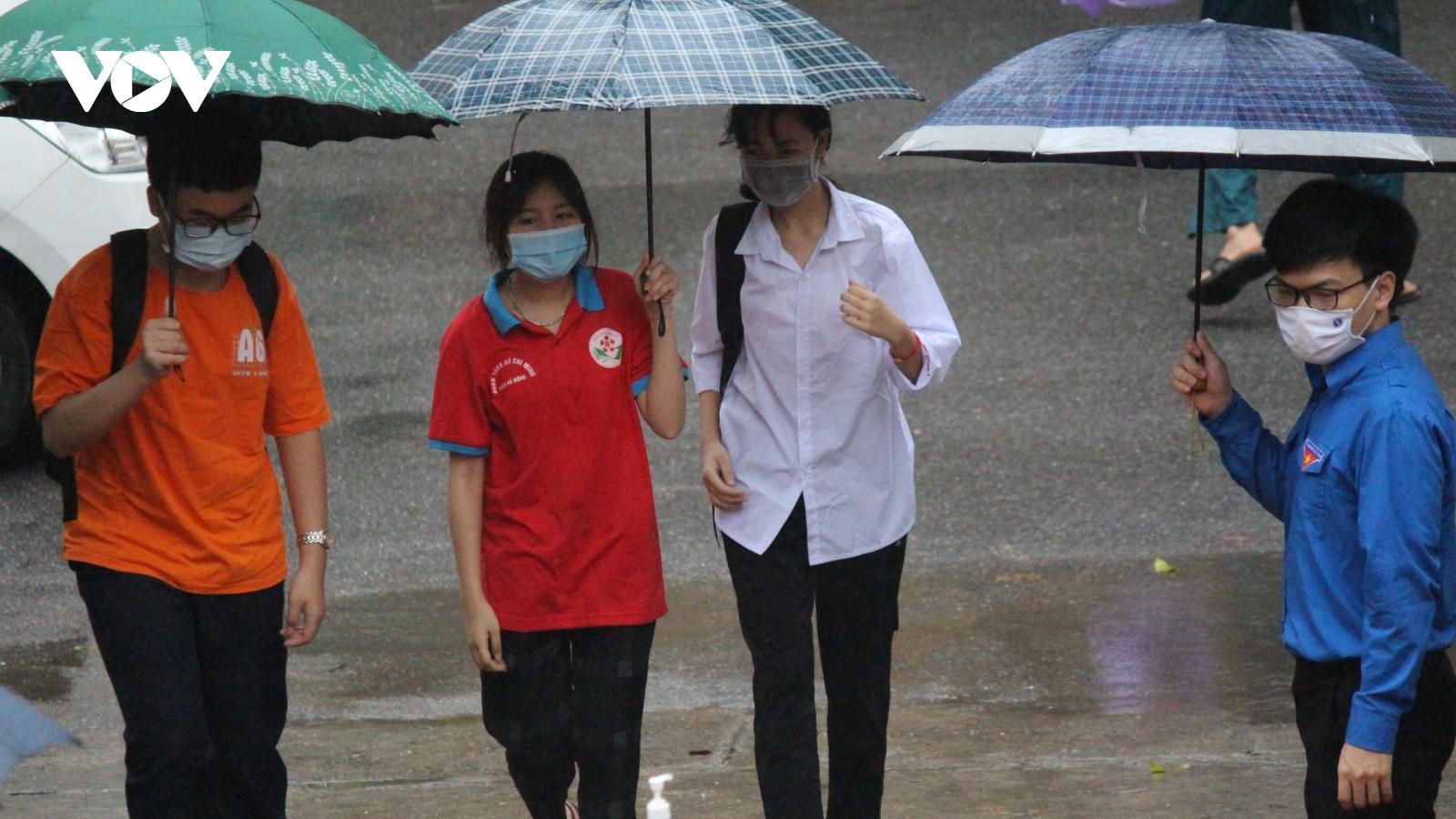 Đề thi Toán vào lớp 10 THPT công lập tại Hà Nội