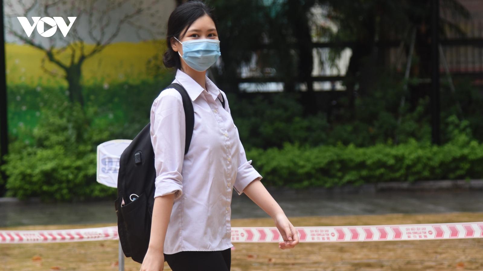269 thí sinh vắng mặt trong buổi thi đầu tiên vào lớp 10 tại Hà Nội
