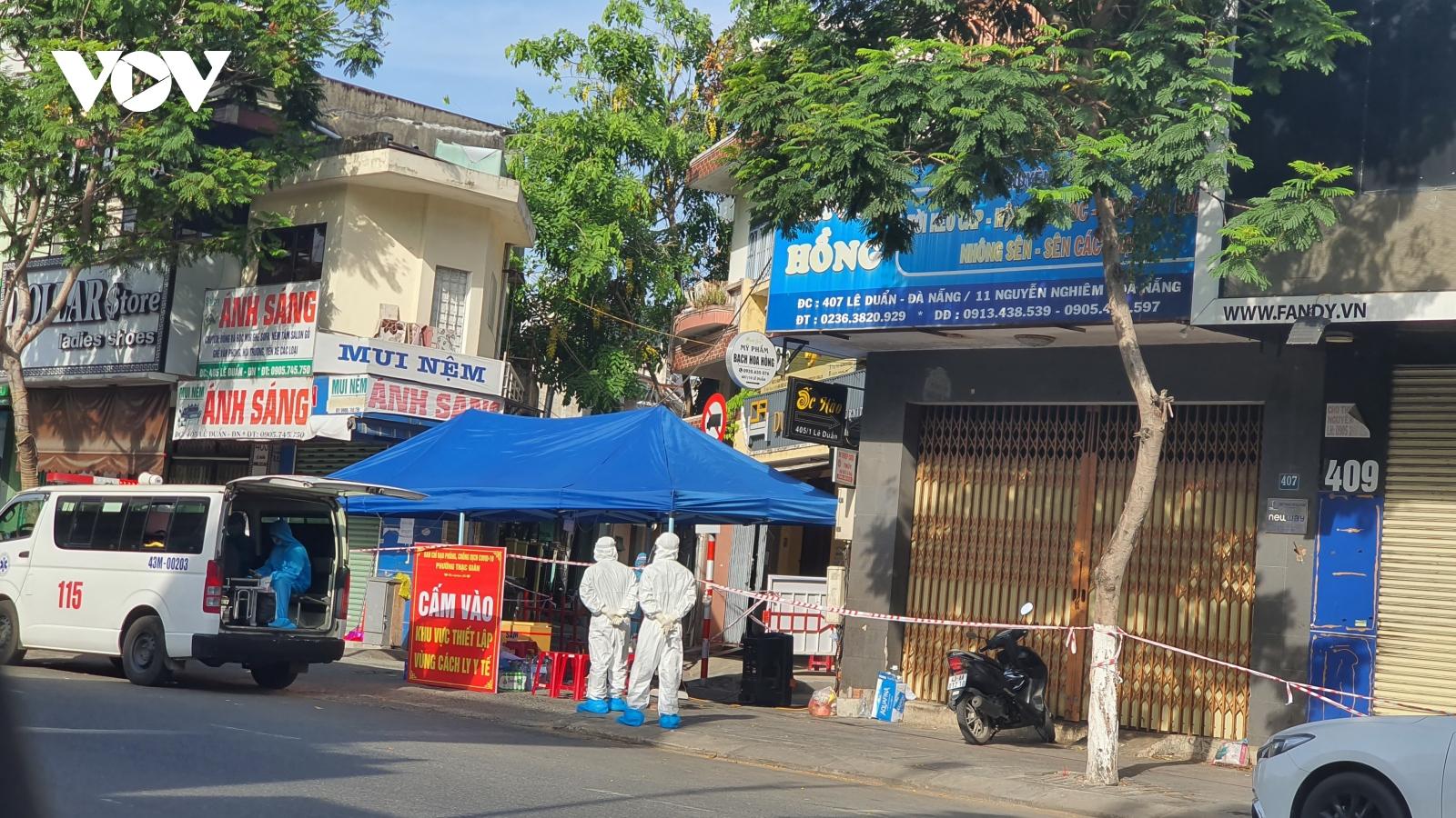 Phong tỏa kịp thời, lấy mẫu cấp tốc: Kinh nghiệm để Đà Nẵng sớm khống chế dịchlây lan