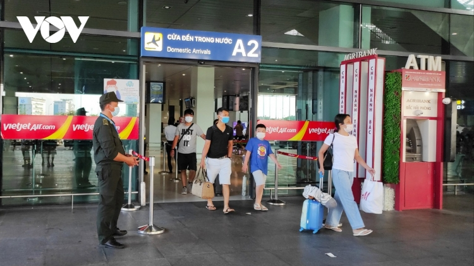 Khách từ TP.HCM đến Hải Phòng sẽ lấy mẫu xét nghiệm tại sân bay