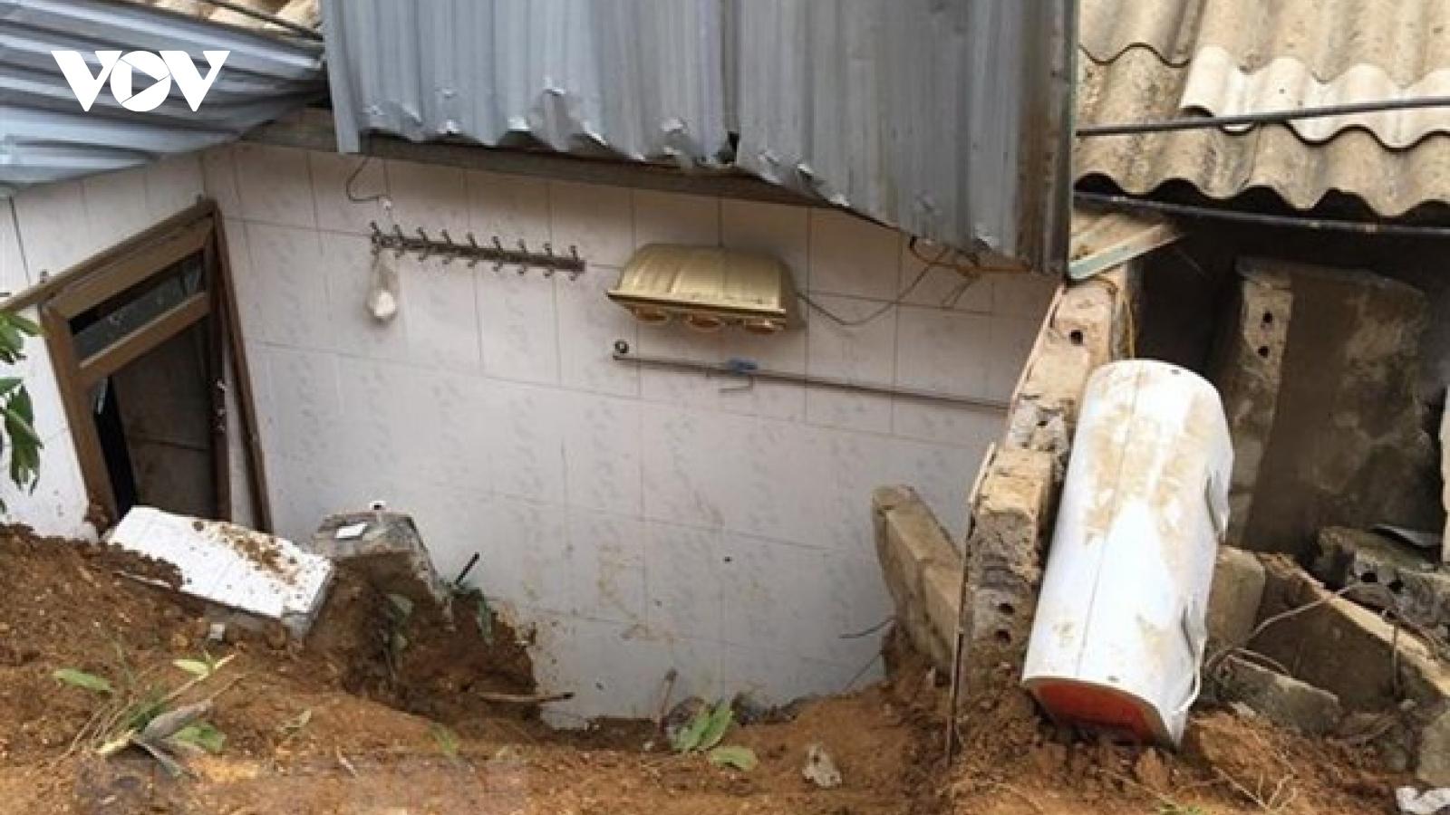 Sạt lở đất ở Yên Bái làm 1 người chết