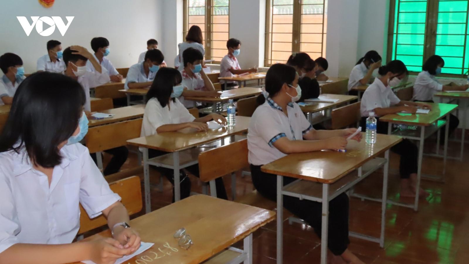 Hơn 12.500 học sinh ở Bình Phước bước vào kỳ thi tuyển sinh lớp 10 THPT