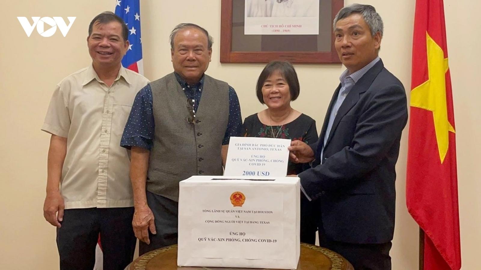 Tổng Lãnh sự quán Việt Nam tại Texas phát động ủng hộ Quỹ Vaccine phòng chống Covid-19