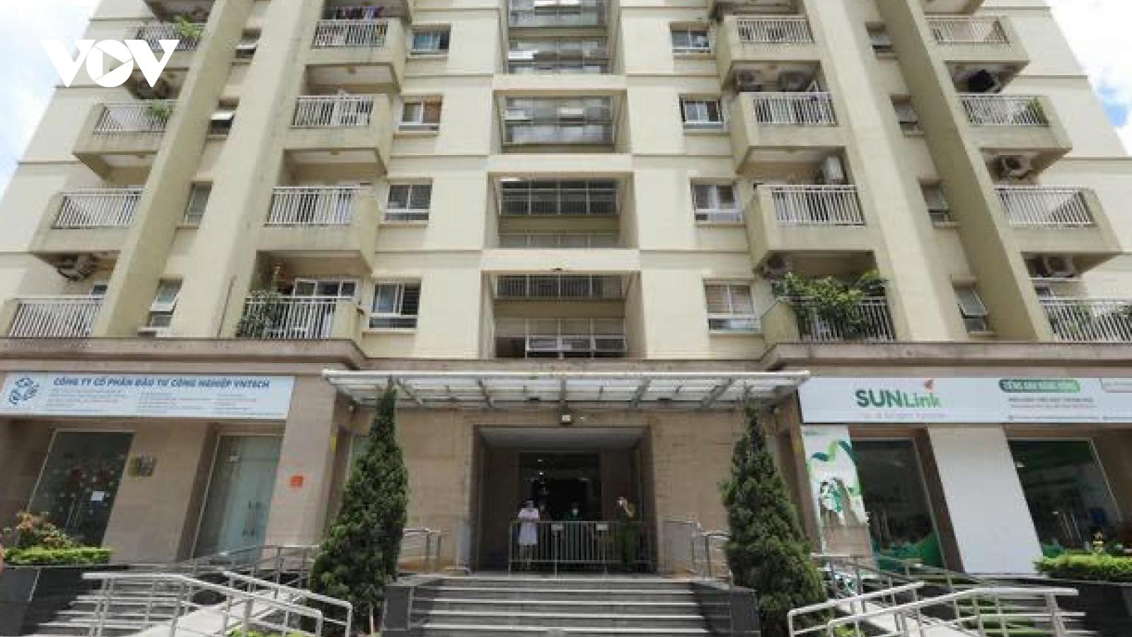 Phong tỏa chung cư NO3A, ở Long Biên (Hà Nội) vì liên quan ca mắc COVID-19