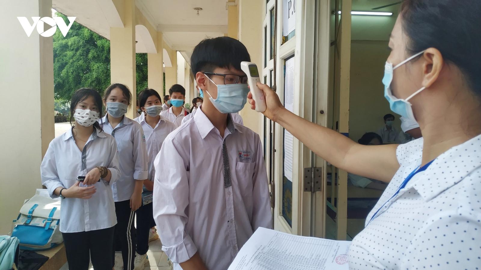 Hơn 13.800 học sinh Quảng Ninh bước vào kỳ thi tuyển sinh lớp 10