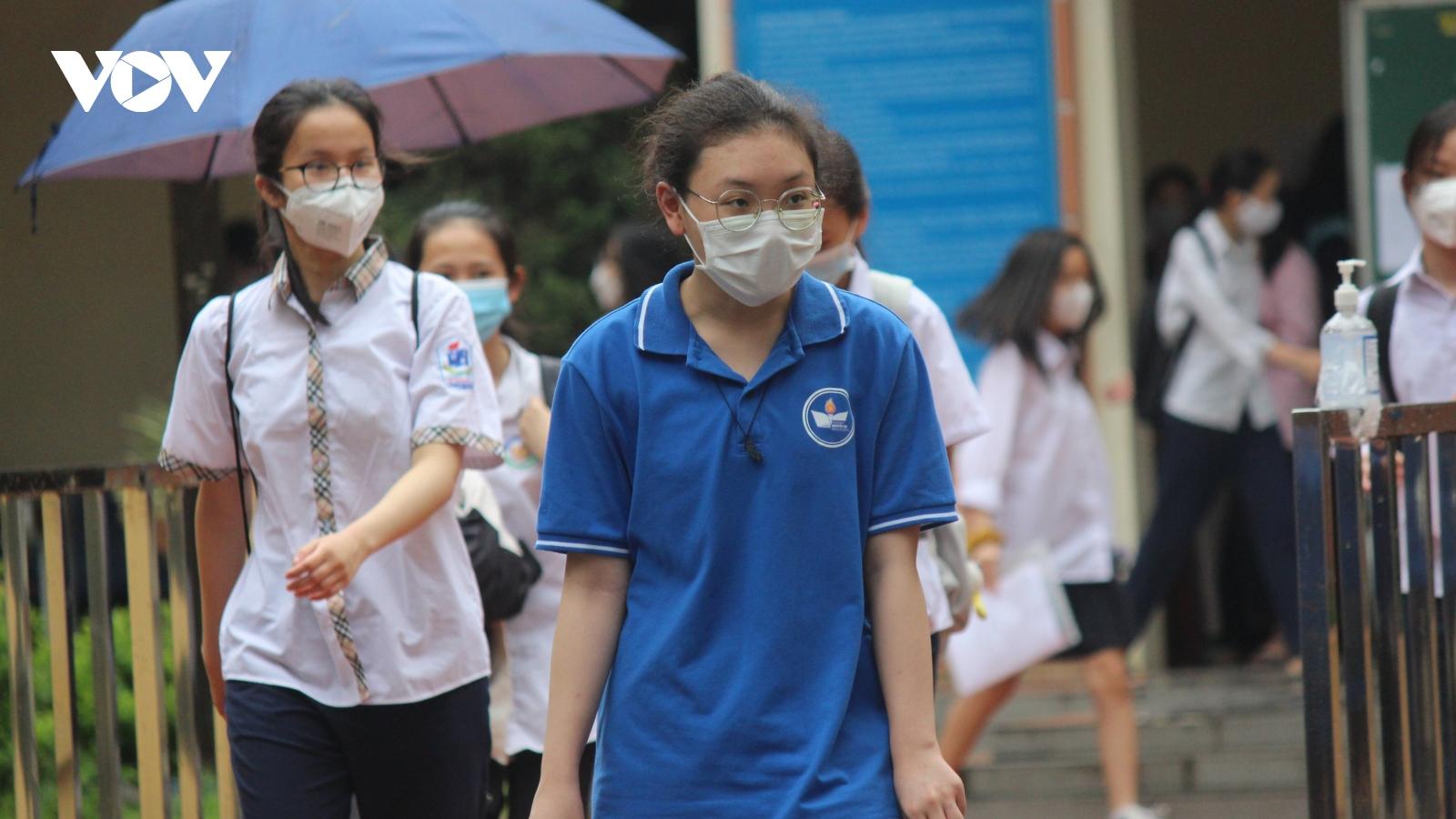 Hướng dẫn giải chi tiết và đáp án môn Toán thi vào lớp 10 ở Hà Nội