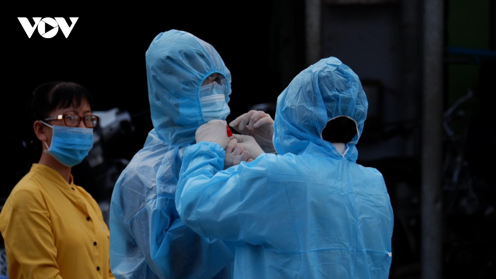 TP.HCM thay đổi phương thức xét nghiệm, nỗ lực cắt đứt đường lây nhiễm Covid-19