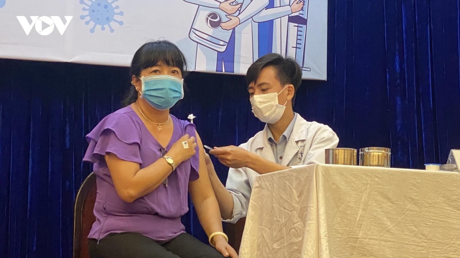 800.000 liều vaccine ngừa Covid-19 được phân bổ cho TP.HCM