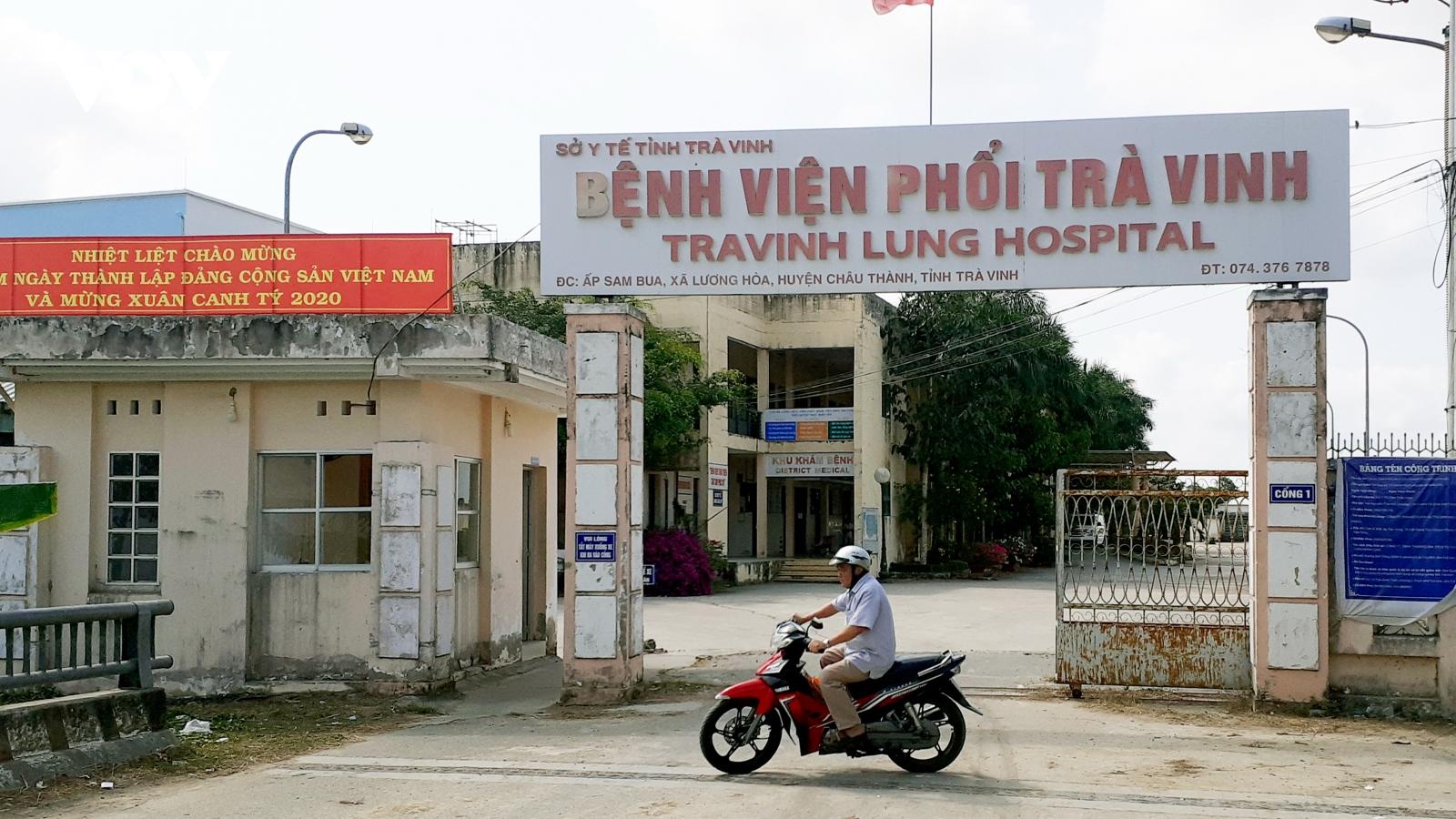 2 trường hợp bỏ trốn ở Trà Vinh đã được đưa trở lại khu cách ly và đã lấy mẫu xét nghiệm