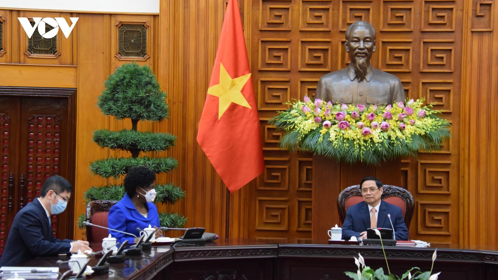 Thủ tướng Chính phủ Phạm Minh Chính tiếp bà Victoria Kwakwa - Phó Chủ tịch WB