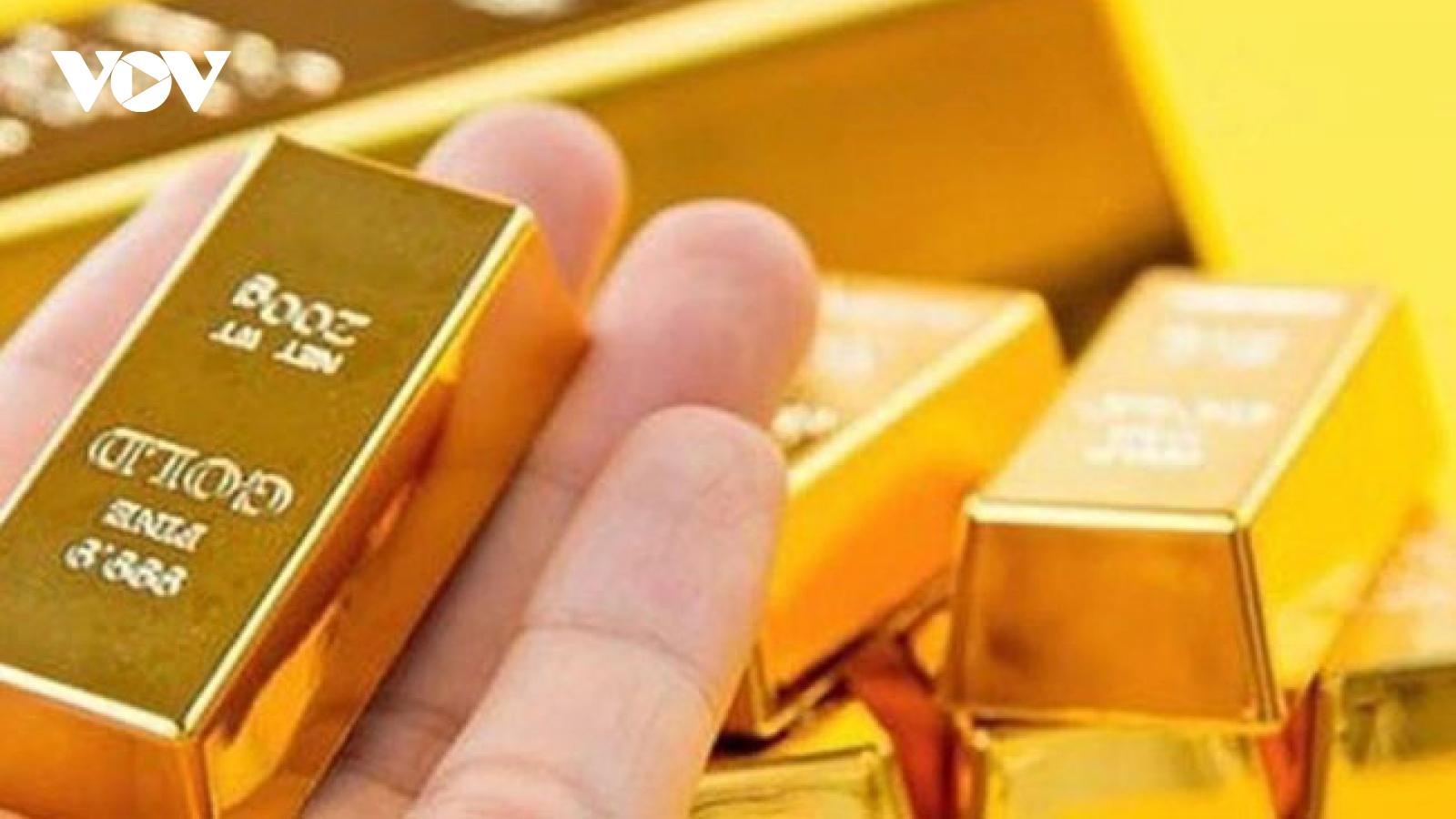 Giá vàng trong nước, thế giới cùng tăng trong giao dịch đầu tuần
