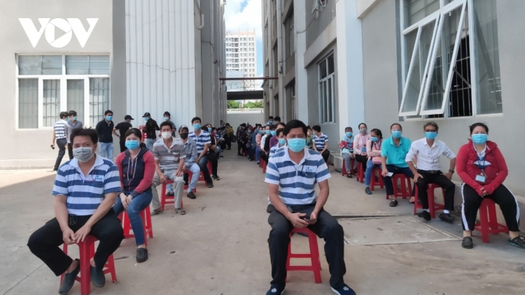 COVID-19: 90 more cases recorded in Vietnam, 63 cases in HCM City alone