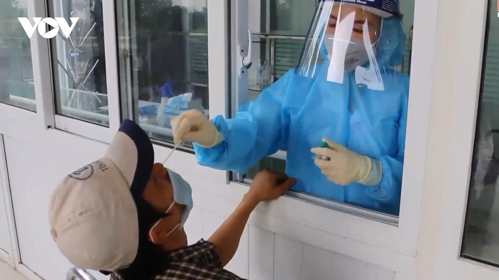 Ghi nhận thêm 3 ca mắc Covid-19 tại Hà Tĩnh,nâng tổng số lên 76 ca