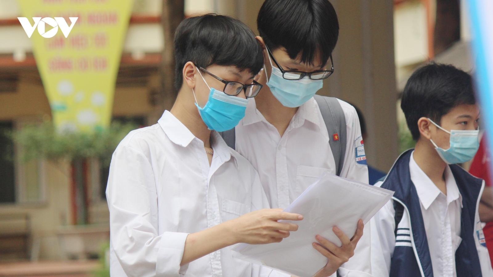 Điểm chuẩn lớp 10 THPT công lập tại Hà Nội năm 2021