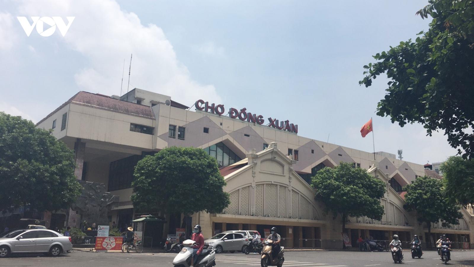Chợ Đồng Xuân đìu hiu, hơn 2.000 gian hàng không thiết yếu đóng cửa vì dịch