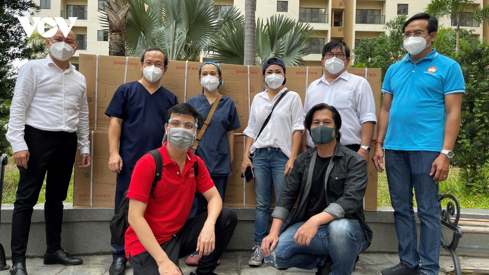 Tổng Liên Hội Thánh Tin Lành VN miền Nam tặng máy cung cấp oxy cho các bệnh viện dã chiến