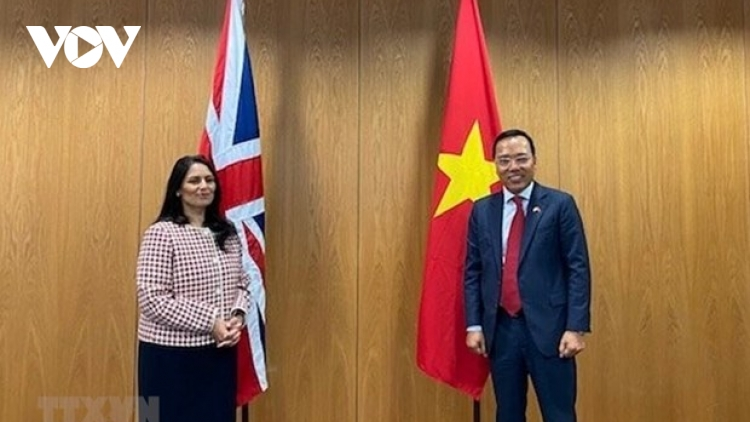 Vietnam, UK step up cooperation in security, home affairs