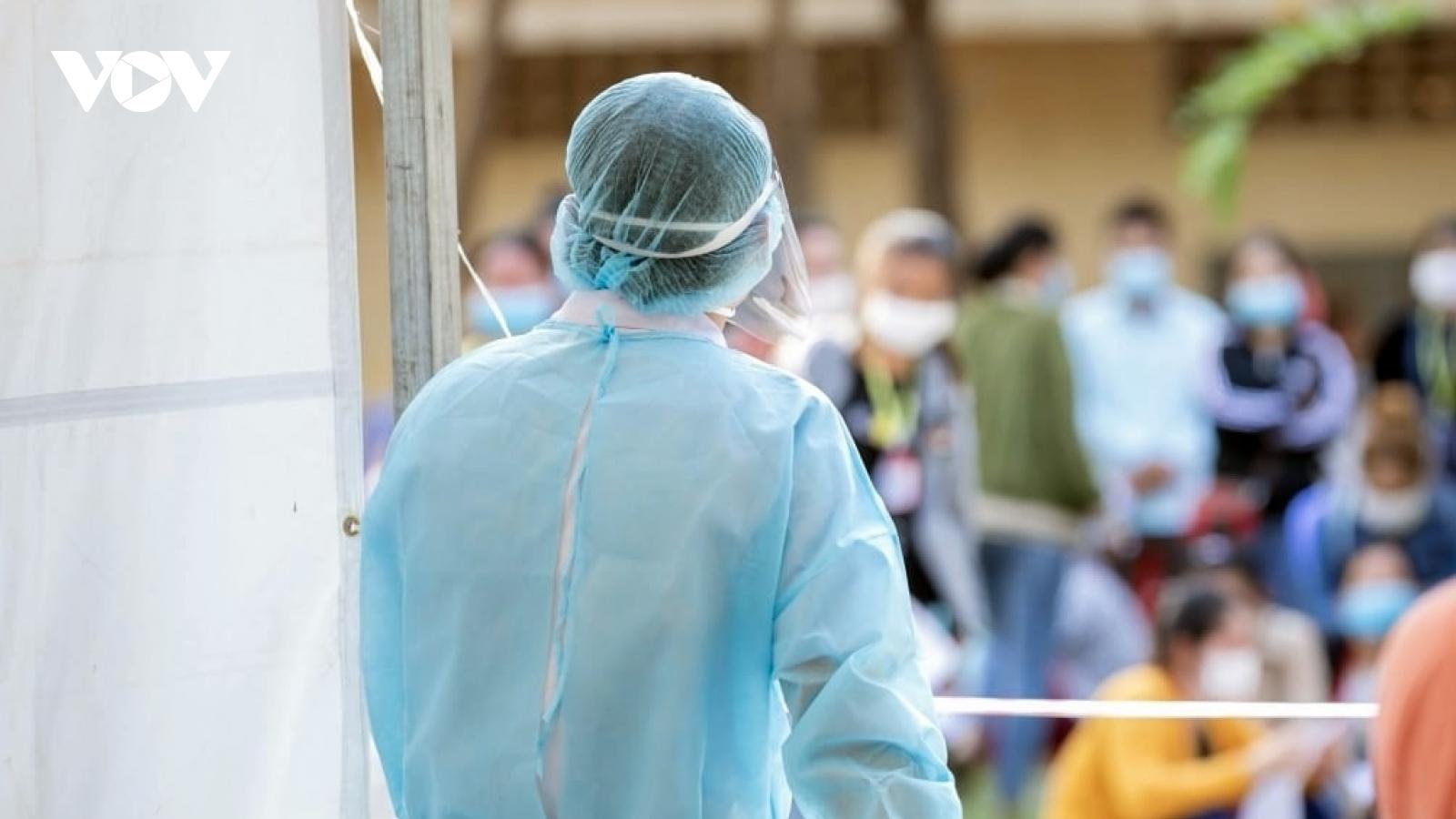 Campuchia, Tunisia, Nga, và Australia ứng phó với đại dịch Covid-19 và các biến thể