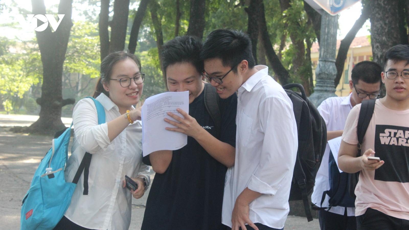 Hơn 40% thí sinh đạt điểm dưới trung bình môn tiếng Anh trong kỳ thi tốt nghiệp THPT đợt 1