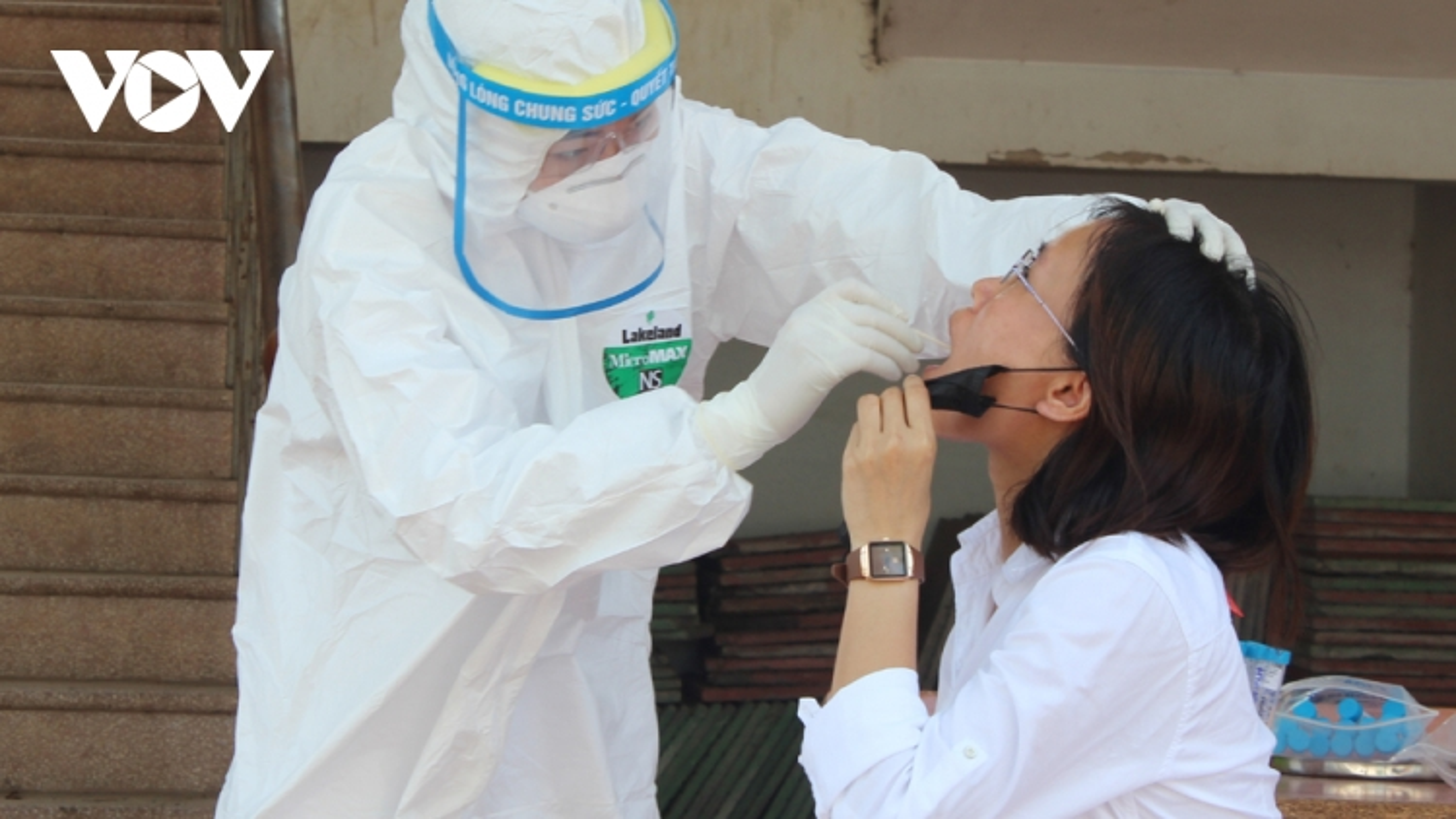 Hà Nội có thêm 26 ca nhiễm SARS-CoV-2, trong đó 9 ca cộng đồng