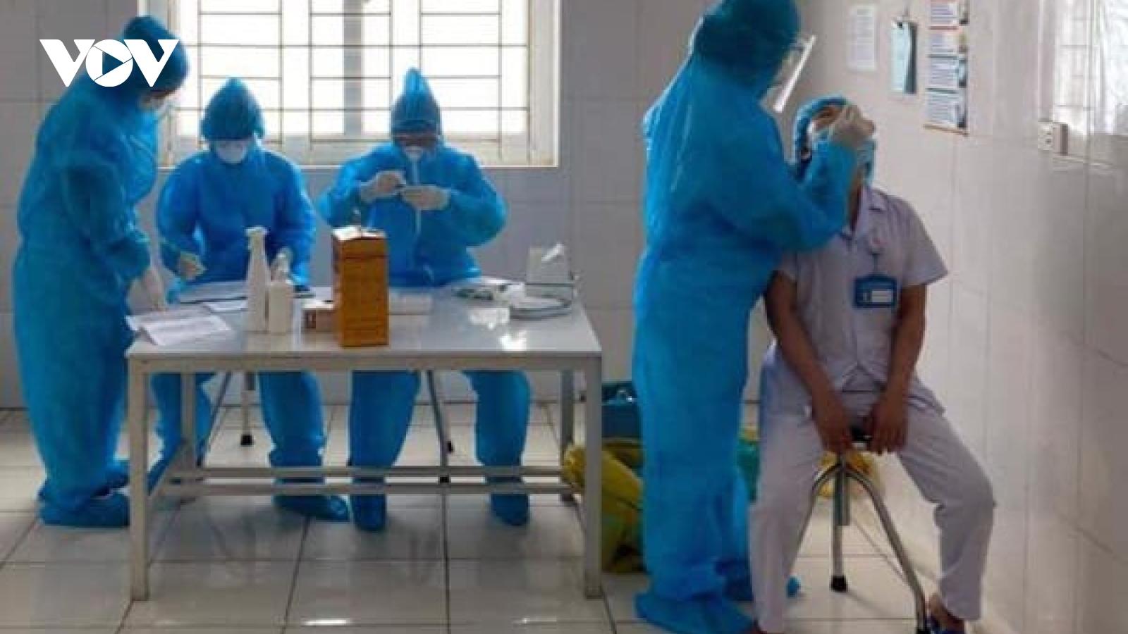 3 bác sĩ tại bệnh viện Tâm thần Nghệ An dương tính với SARS-CoV-2