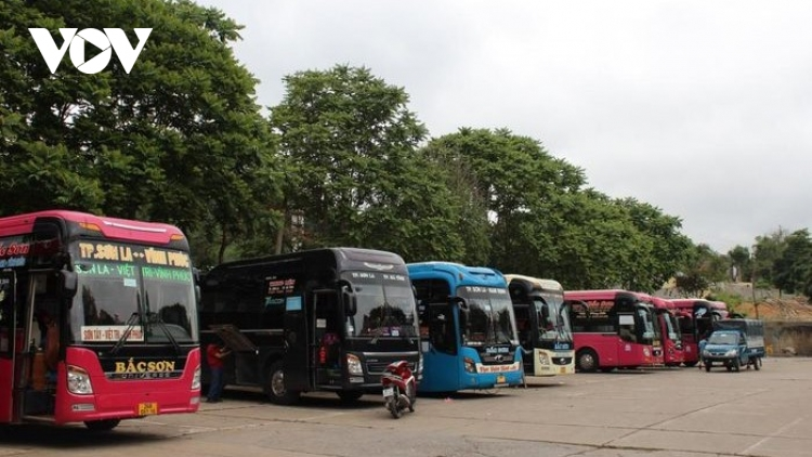 Hà Nội dừng hoạt động vận tải hành khách công cộng đến 37 tỉnh thành