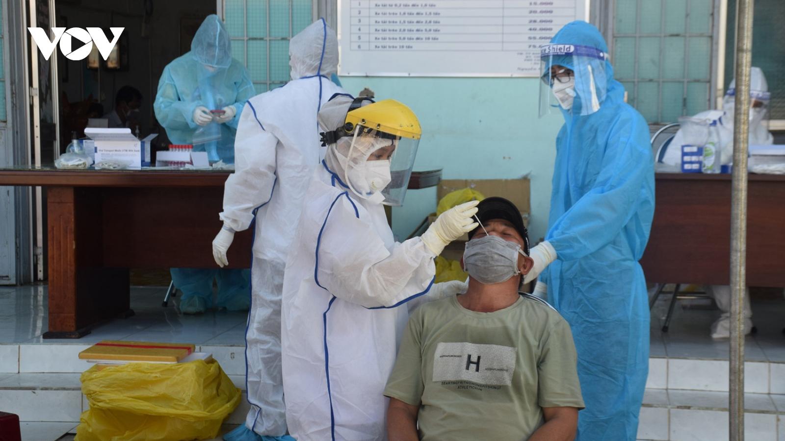 Phú Yên xét nghiệm SARS-CoV-2 cho tài xế chở hàng