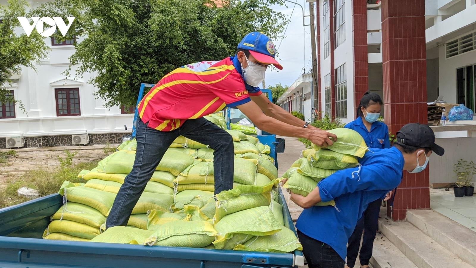 Các tỉnh ĐBSCL khẩn trương triển khai gói hỗ trợ người dân ảnh hưởng bởi đại dịch