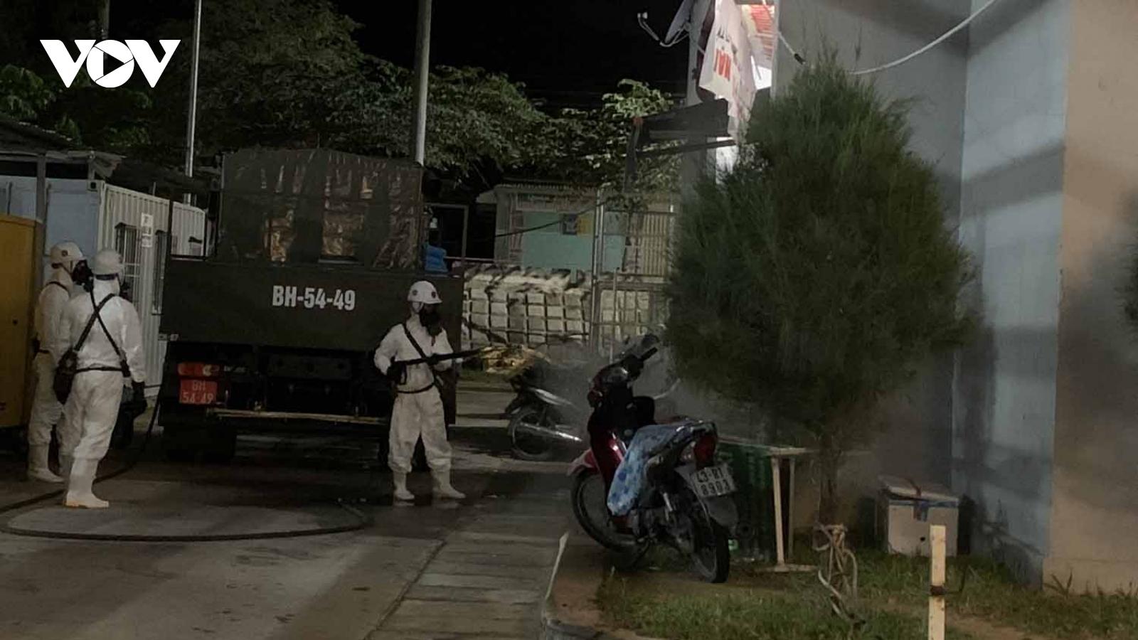 Đà Nẵng tạm dừng hoạt động shipper, grab, đạp xe, không được tập trung quá 2 người