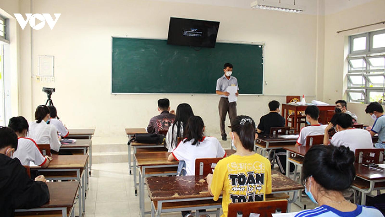 Đồng Tháp kiến nghị đặc cách tốt nghiệp THPT cho hơn 4.000 thí sinh thi đợt 2