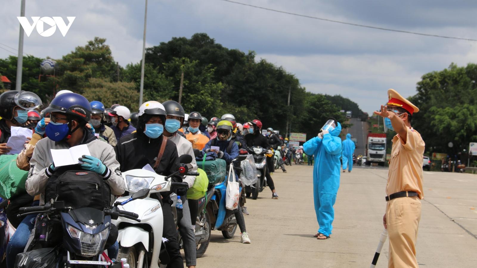 Các địa phương trên cả nước tiếp tục nỗ lực phòng chống dịch Covid-19