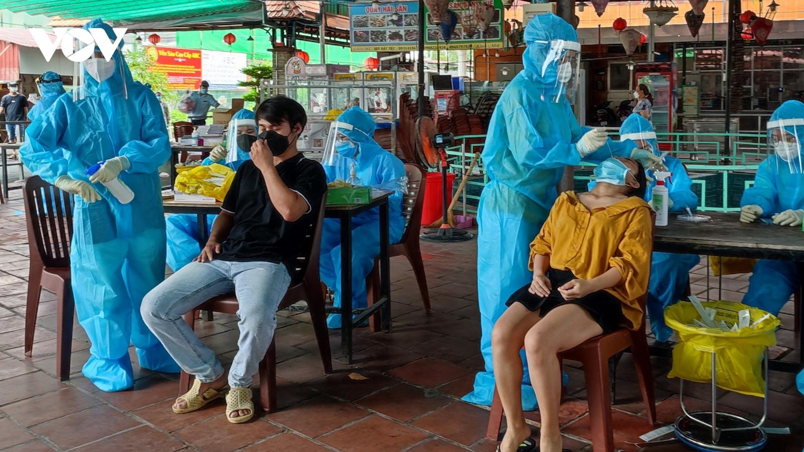 TP.HCM ban hành văn bản khẩn, đề nghị tăng cường mạnh mẽ các biện pháp chống dịch