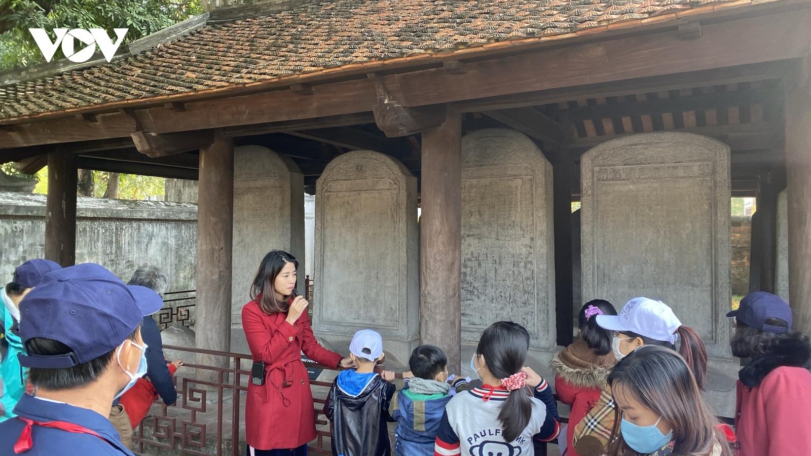 Sở Du lịch Hà Nội công bố thủ tục hỗ trợ gói 26.000 tỷ cho hướng dẫn viên du lịch