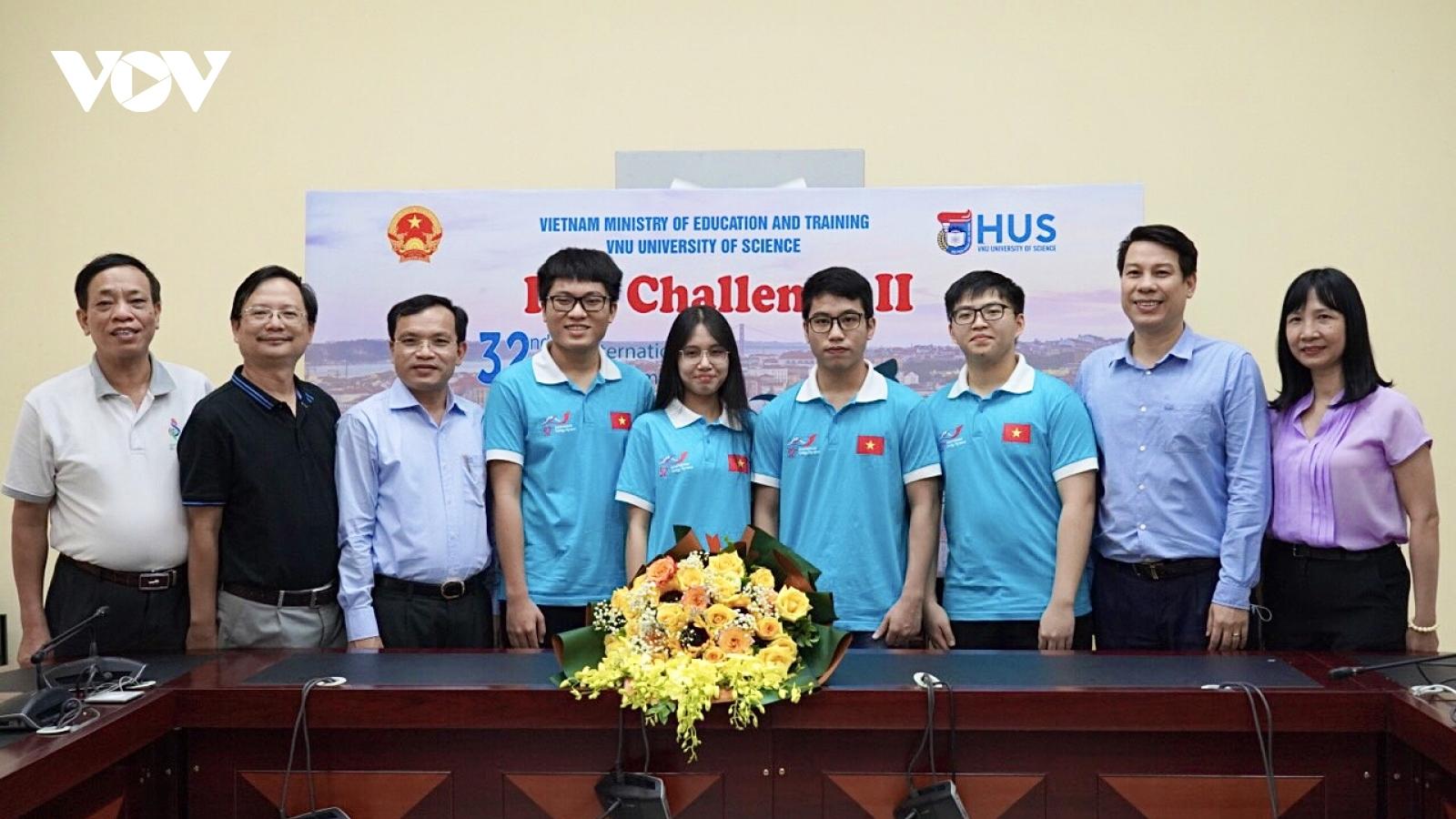 Toàn đoàn học sinh Việt Nam dự thi Olympic Sinh học 2021 đều đoạt huy chương