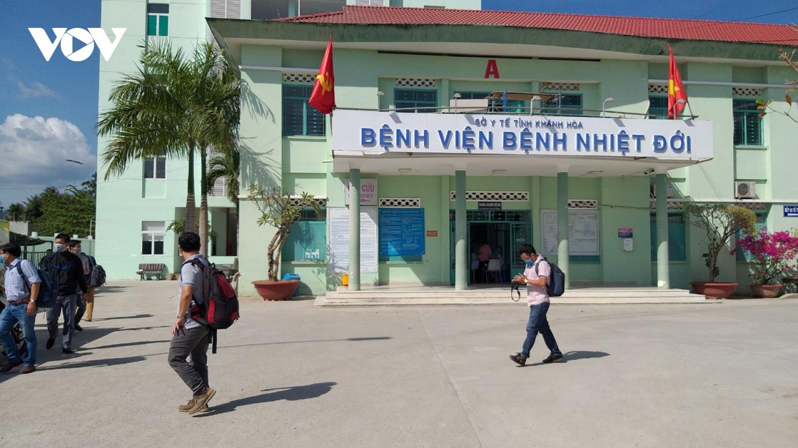 Khánh Hòa có 5 ca tử vong liên quan Covid-19, số ca mắctrong cộng đồng tăng