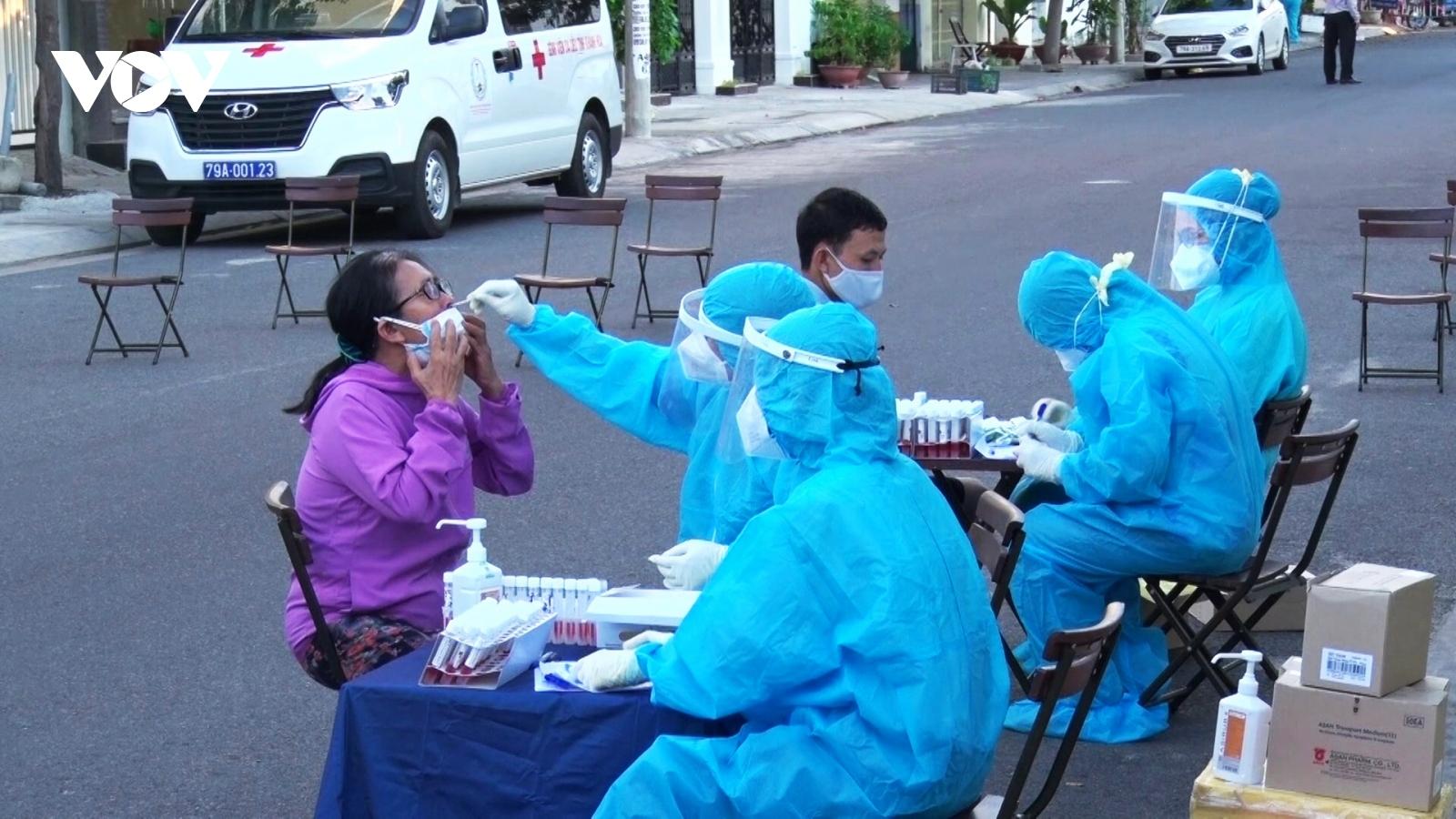 Lo lắng dịch bệnh, Chủ tịch Khánh Hoà kêu gọi mỗi cá nhân hãy ở yên tại nhà