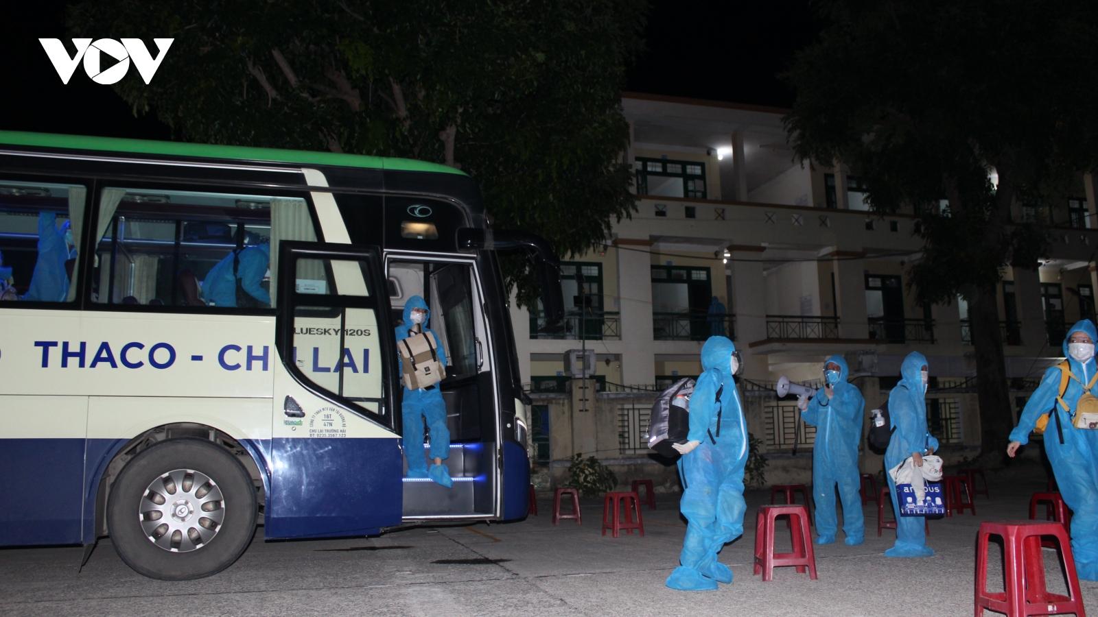 Quảng Nam đón hơn 500 người dân từ TP.HCM trở về