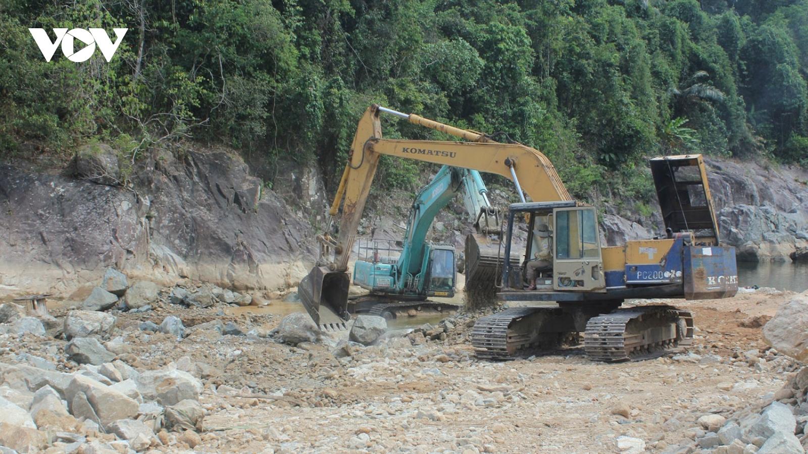 Xả nước lòng hồ thủy điện Rào Trăng 4 tìm kiếm nạn nhân mất tích tại thuỷ điện Rào Trăng 3