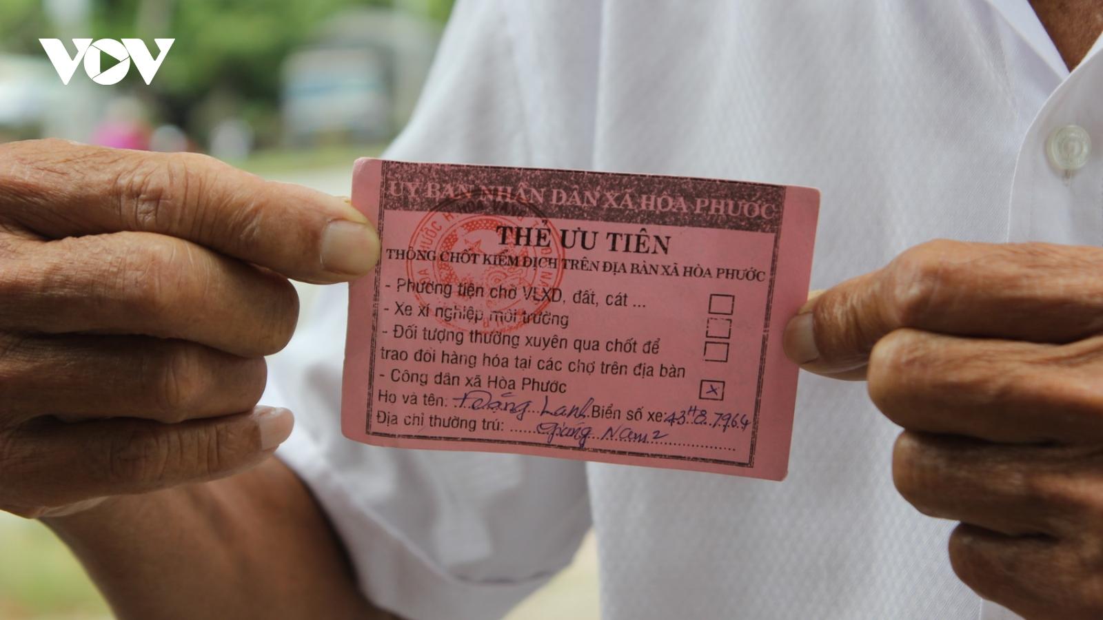 Đà Nẵng linh hoạt cấp thẻ ưu tiên thông hành cho người dân ở khu vực có chốt kiểm dịch