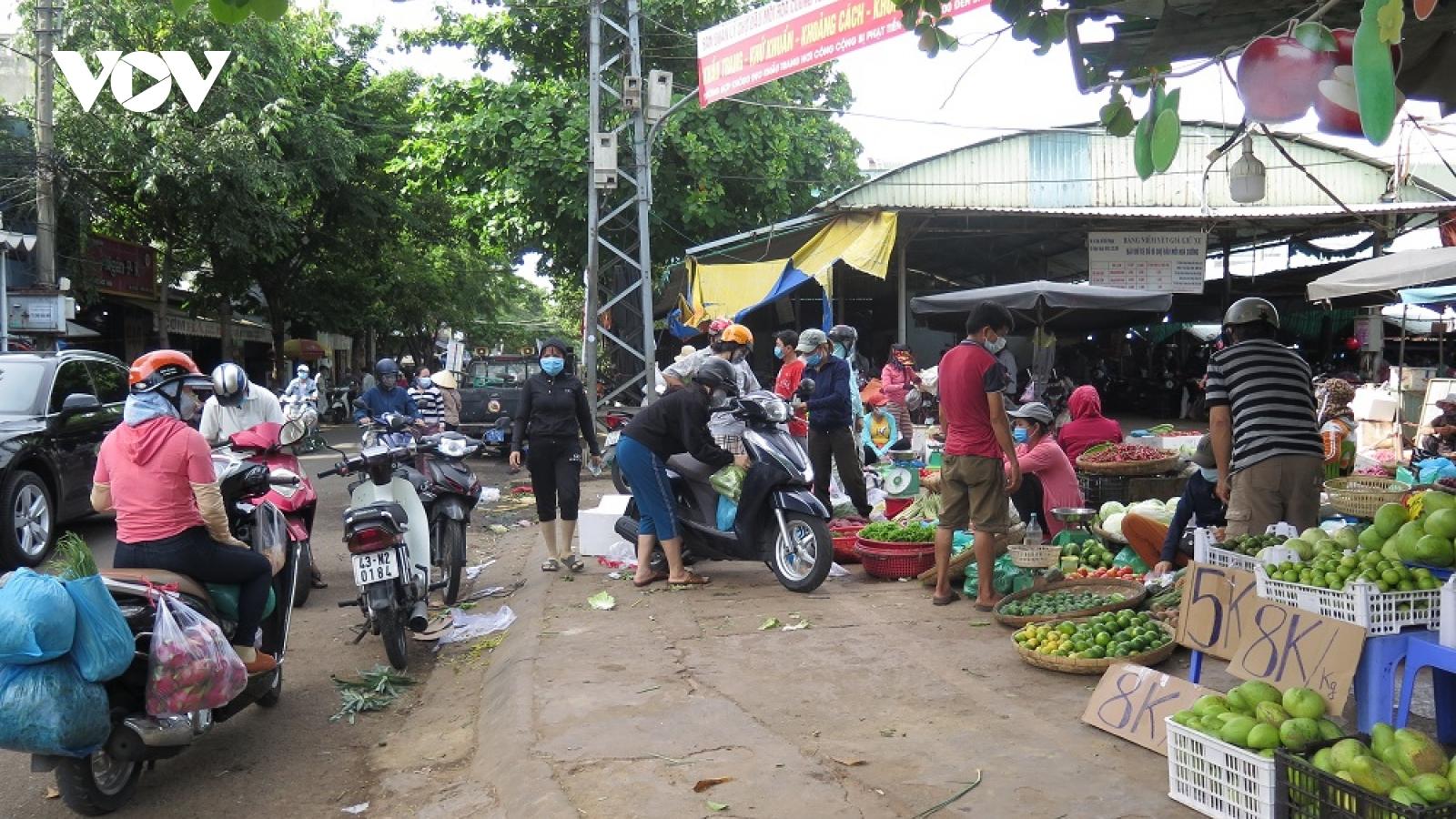 Công tác phòng, chống dịch tại các chợ ở Đà Nẵng còn lơi lỏng