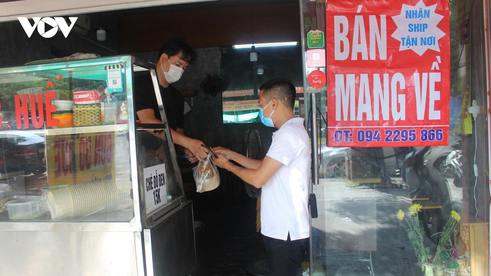 Cơ sở ăn, uống, salon tóc đồng loạt thực hiện Công điện của UBND TP. Hà Nội