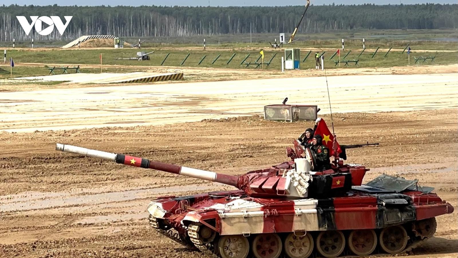 Kíp xe số 3 củaĐội tuyển xe tăng Việt Nam thi đấu tốt tại Army Games 2021