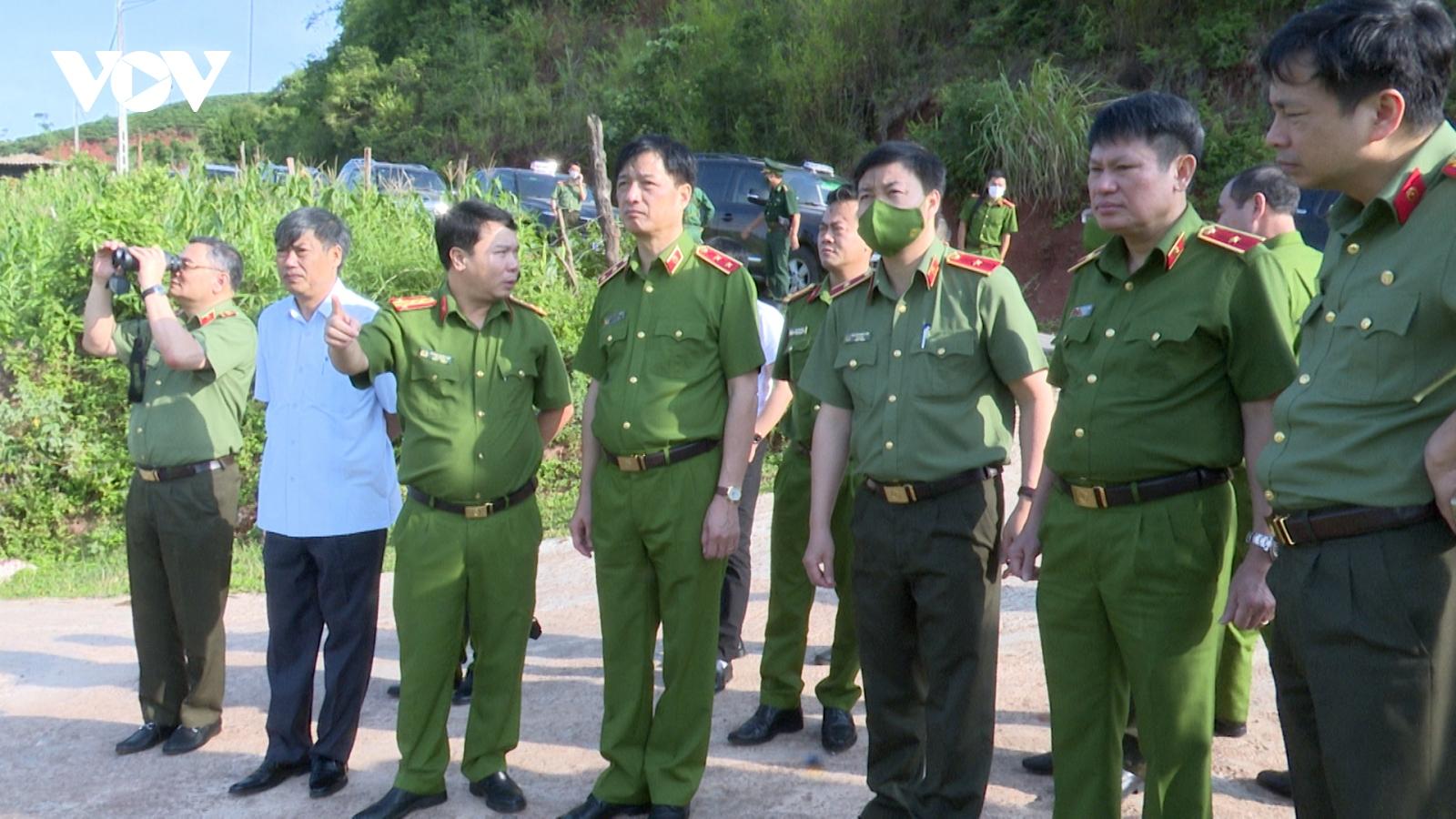 Đẩy mạnh hợp tác giữa Công an các tỉnh biên giới Tây Bắc với Công an nước bạn Lào